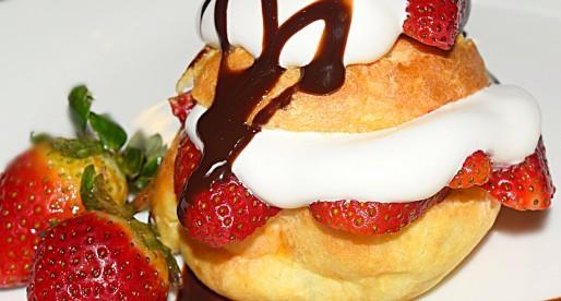 Flourless Chocolate Muffins with Plum Sauce