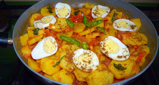 Aloo Sabzi Recipe, Potato Tomato Curry