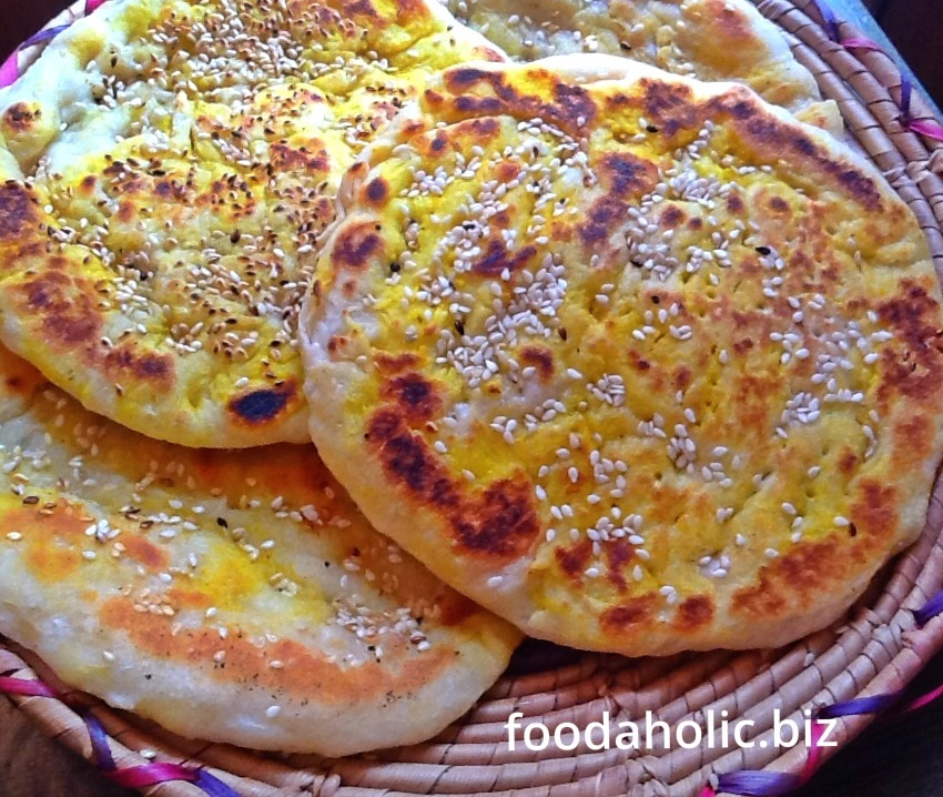 Easy Homemade Roghani Naan