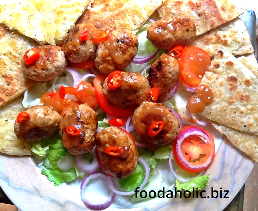 Gola Kebab with Tamarind Chutney :