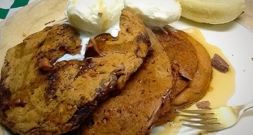Chocolate Banana Eggless Pancakes