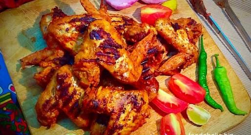 Hot Chicken Wings in Tandoori Marinade
