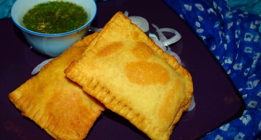 Hyderabadi Lukhmi, savoury stuffed pastry