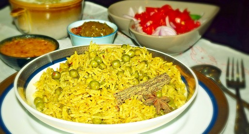 Matar Pulao, Onepot Peas and Rice Recipe
