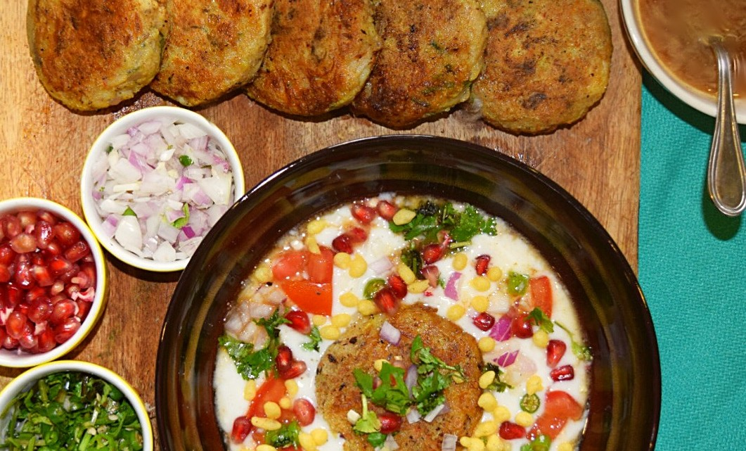 Aloo Tikki Chaat, Potato Patties Salad