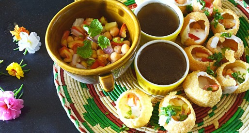 Golgappa Pani, Puffed Bread with Sweet n Sour Dips