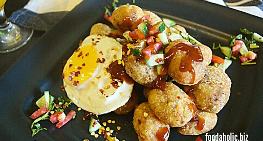Spicy Homemade Tater Tots with Egg Breakfast